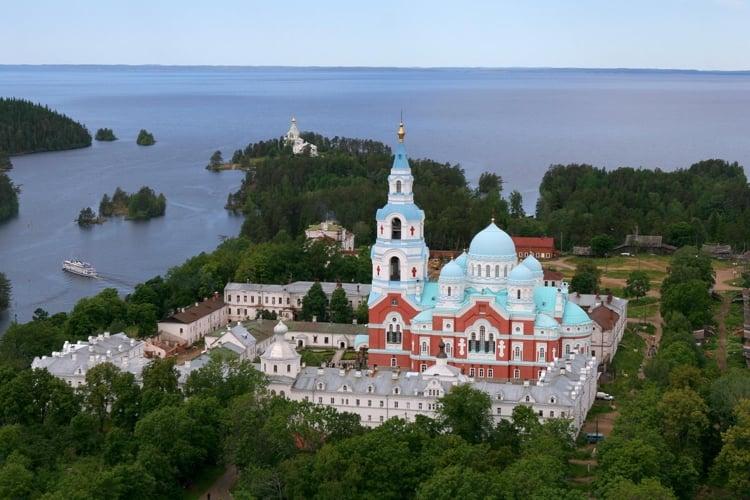 Панорама валаамского монастыря с высоты птичьего полета