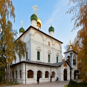 Сретенский монастырь и его самые главные достопримечательности и святыни
