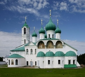 Александро Свирский монастырь имеет статус памятника архитектуры