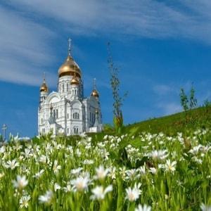 Белогорский монастырь и его достопримечательности