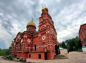 Храм Всех Святых в Красном селе и его достопримечательности и святыни