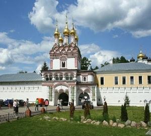 Иосифо-Волоцкий монастырь — один из известнейших русских монастырей