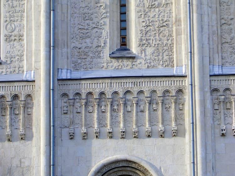 Дмитриевский собор во Владимире и его обилие изображений