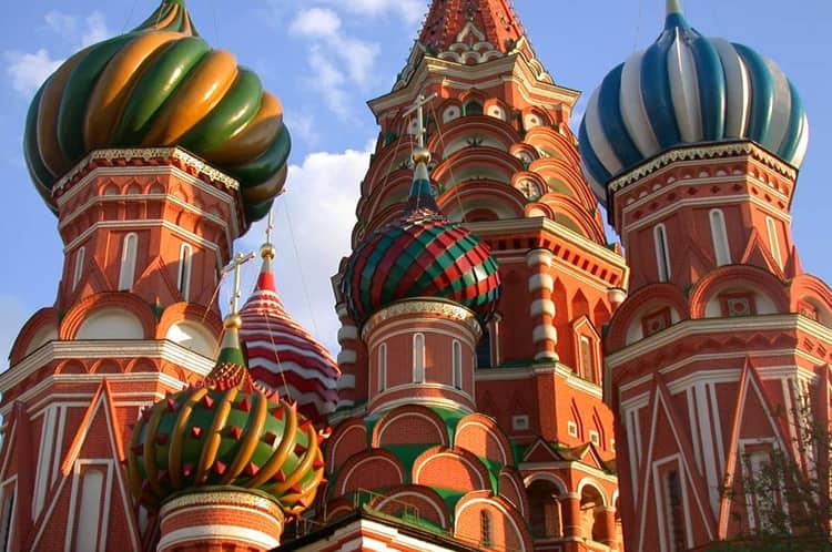 Храм Василия Блаженного и его прекрасные купола