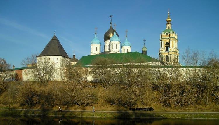 Новоспасский монастырь и его достопримечательности