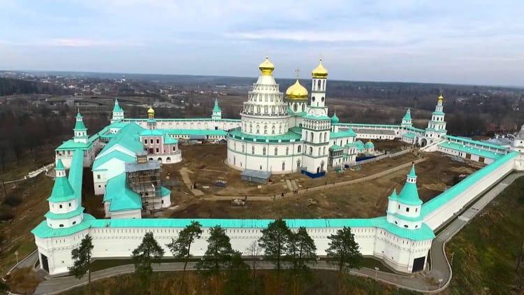 Отреставрированный Новоиерусалимский монастырь сейчас выглядит так, как на этом фото