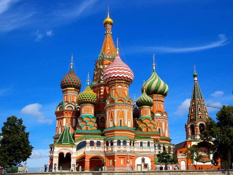 Храм Василия Блаженного со всех сторон