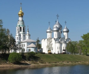Древнейшим памятником города Вологды, играющим важнейшую роль в общем городском ансамбле, является Софийский собор