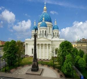 Троицкий собор в Санкт Петербурге и его святини и достопримечательности
