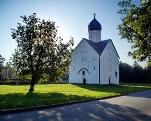 Церковь Спаса Преображения на Ильине улице в Великом Новгороде — один из самых знаменитых храмов средневековой Руси