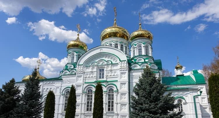 Раифский монастырь и его главная достопримечательность - Собор Грузинской Божией Матери
