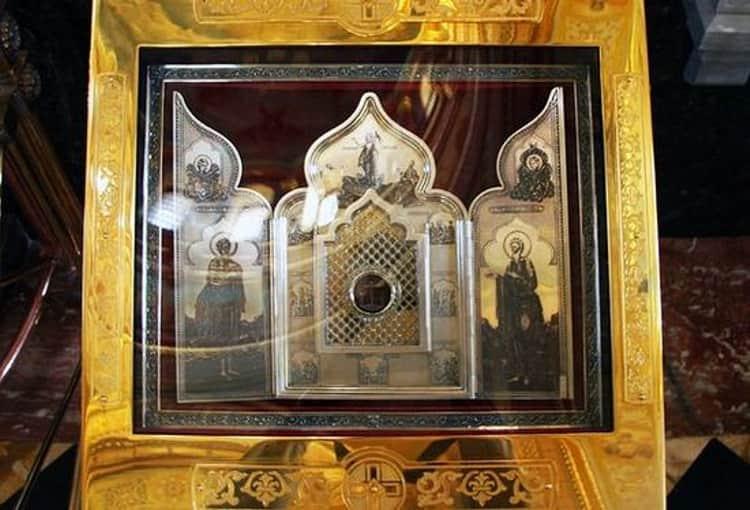 Храм Христа Спасителя и его святыня частица ризы Спасителя