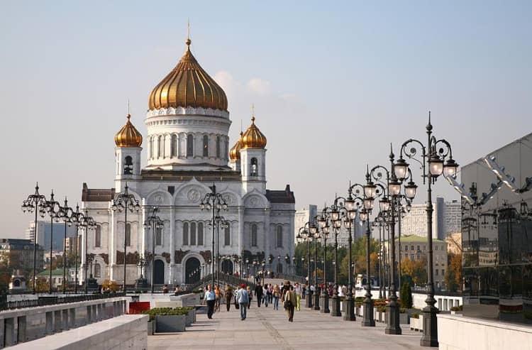 Храм Христа Спасителя был сооружён как условная внешняя копия своего исторического предшественника
