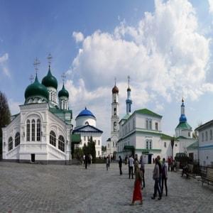 Раифский Богородицкий мужской монастырь в Казанипо праву считается одним из наиболее ценных святых мест