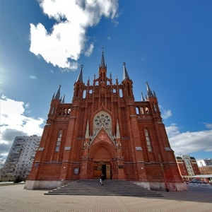 Собор Непорочного Зачатия Пресвятой Девы Марии в городе Москва и его достопримечательности