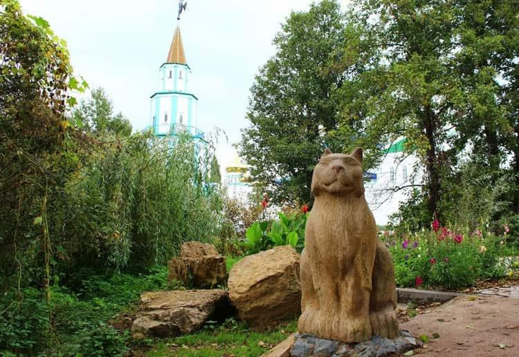 Раифский монастырь и его статуя